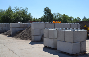 Kenny & Murphy - Product - Interlocking Concrete Blocks